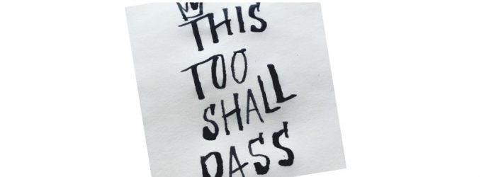 kalligrafi med texten This too shall pass #calligraphy #graphic design